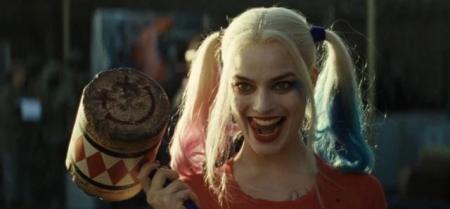 哥来射影院_自杀小队中小丑女如何抉择死射和小丑?