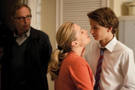 家庭伦伦电影_《步伐不停》是是枝裕和执导的一部家庭剧情类电影.